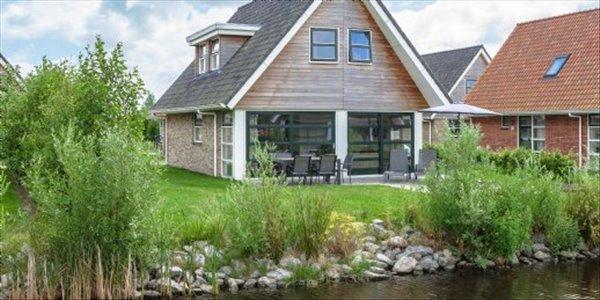 Landal Waterpark Terherne | 6 persoons waterwoning luxe | type 6L | Terherne, Friesland