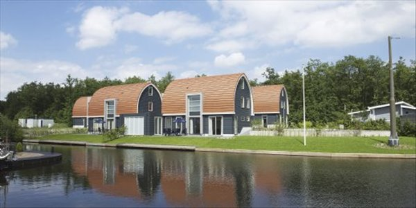 Landal De Bloemert | 10 persoonsbungalow luxe | type 10L | Midlaren, Drenthe