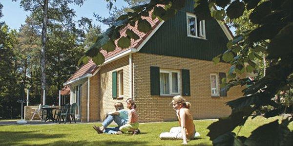 Landal Duc De Brabant | 4 persoonsbungalow comfort | type 4B | Baarschot Diessen, Noord Brabant