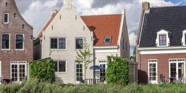 Landal Esonstad | 10 persoonswoning comfort | type 10F1 | Anjum, Friesland