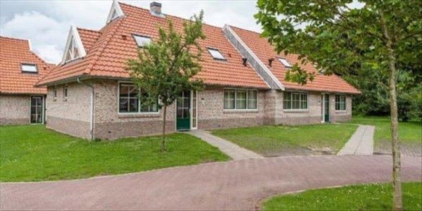 Landal Landgoed De Hellendoornse Berg | 12 pers. extra toegankelijke bungalow | type 12CT