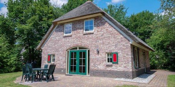 Landal Het Land van Bartje | 8 persoonsboerderij luxe | type 8EL | Ees, Drenthe