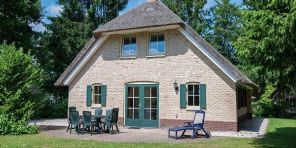 Landal Het Land van Bartje | 6 persoonshoeve luxe | type 6DL | Ees, Drenthe