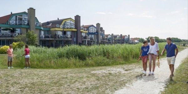 Landal Beach Resort Ooghduyne | 6 pers.villa luxe | type 6L2 | Julianadorp aan Zee, Noord Holland