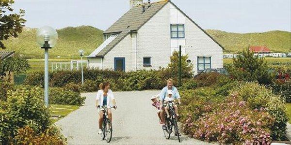 Landal Ooghduyne | 6 persoonsvilla comfort | type 6D2 | Julianadorp aan Zee, Noord Holland