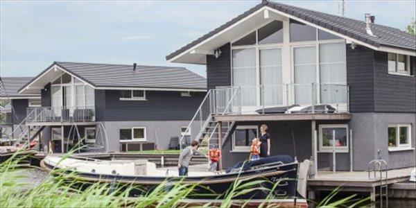 Landal Waterpark Sneekermeer | 2-4-persoons chalet - comfort | type 2-4C | Terherne, Friesland