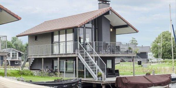 Landal Waterpark Sneekermeer | 4-persoons waterwoning - comfort | type 4C | Terherne, Friesland