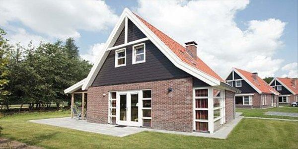 Landal Waterparc Veluwemeer | 8 persoonsvilla comfort | Type 8E2 | Biddinghuizen, Flevoland