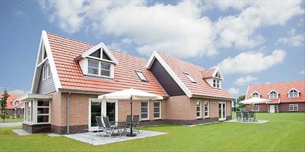 Landal Waterparc Veluwemeer | 4-persoonsvilla - comfort | Type 4B2 | Biddinghuizen, Flevoland