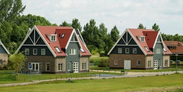 Landal Waterparc Veluwemeer | 22 persoonsvilla luxe | Type 22L | Biddinghuizen, Flevoland